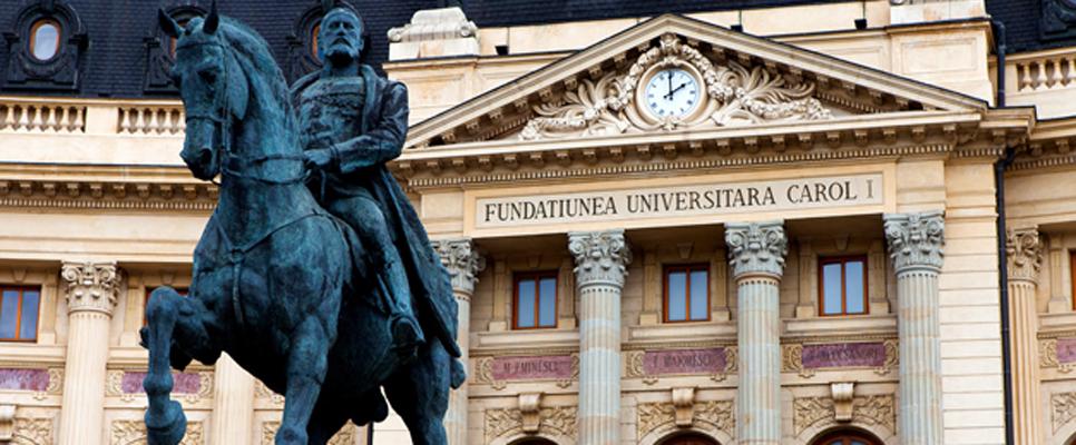Carol I. Statue in Bukarest