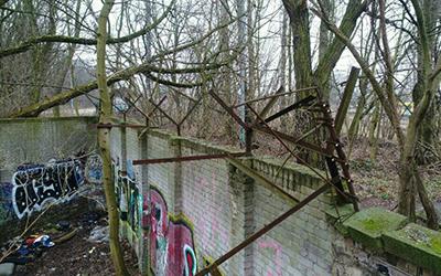 Vergessene Reste der Berliner Mauer