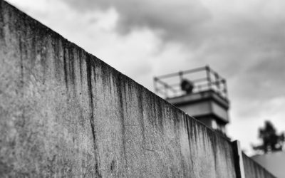 """""""Niemand  hat die Absicht, eine Mauer  zu errichten"""""""